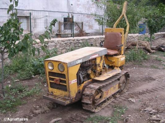 saint chamond tvl 463 tracteur agricole. Black Bedroom Furniture Sets. Home Design Ideas