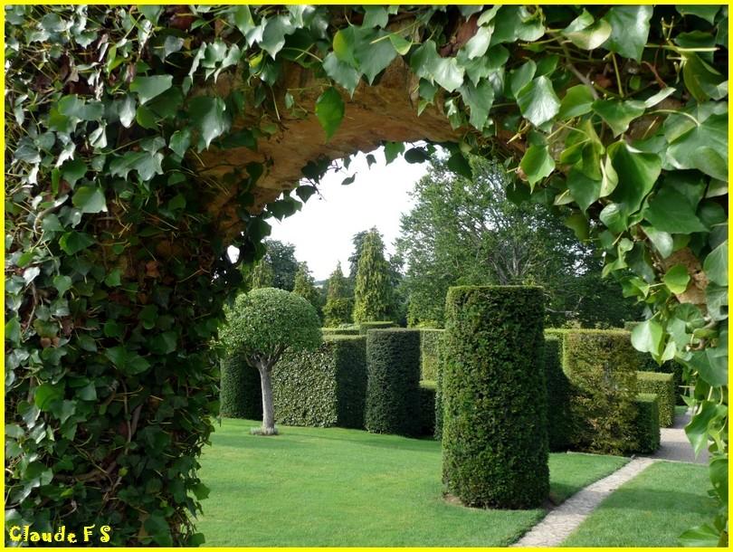 Les jardins du manoir d 39 eyrignac en dordogne for Jardin renaissance