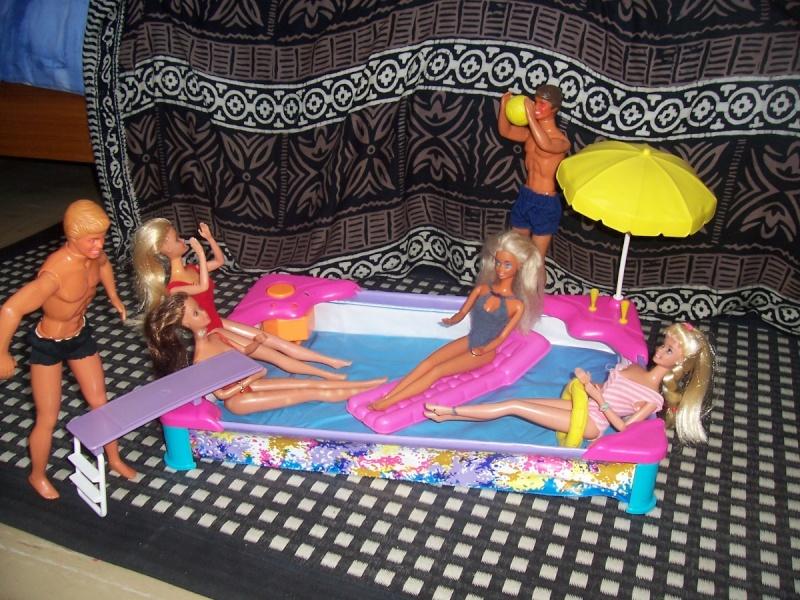 Piscine barbie for Toys r us piscine