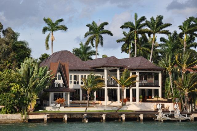 Croisi re pour d couvrir les plus belles villas de miami for Des belles villas