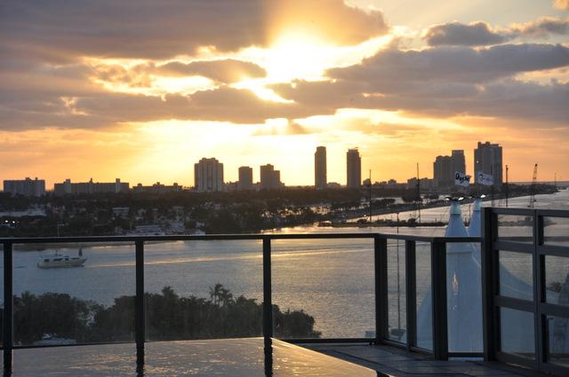 casa moderna hotel & spa vue sur Miami lever de soleil