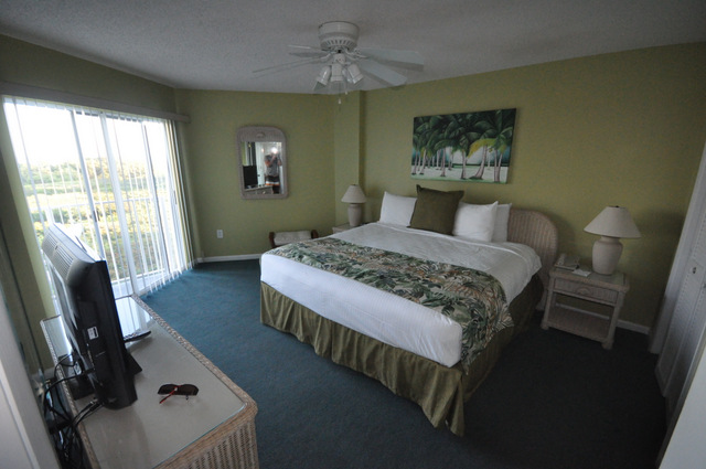 room ocean pointe  key largo