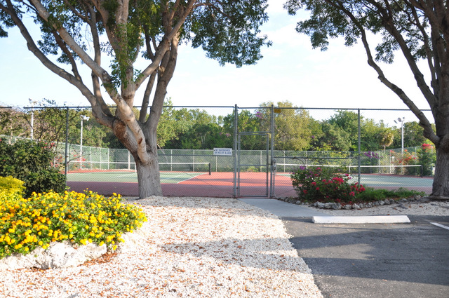tennis ocean pointe  key largo