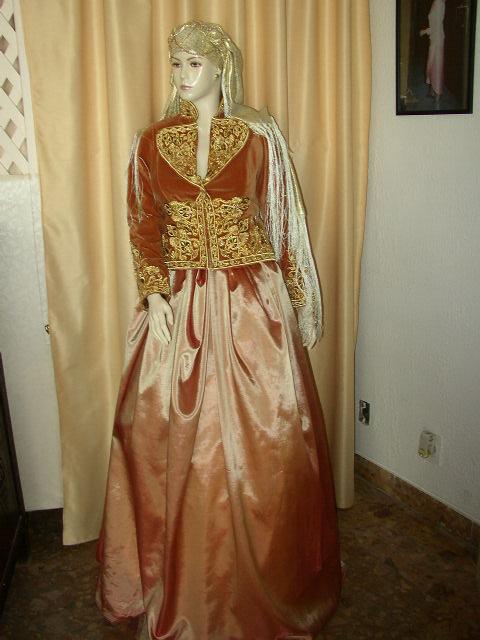 عادات و تقاليد أهل الجزائر بالأعراس و المناسبات 0217.jpg