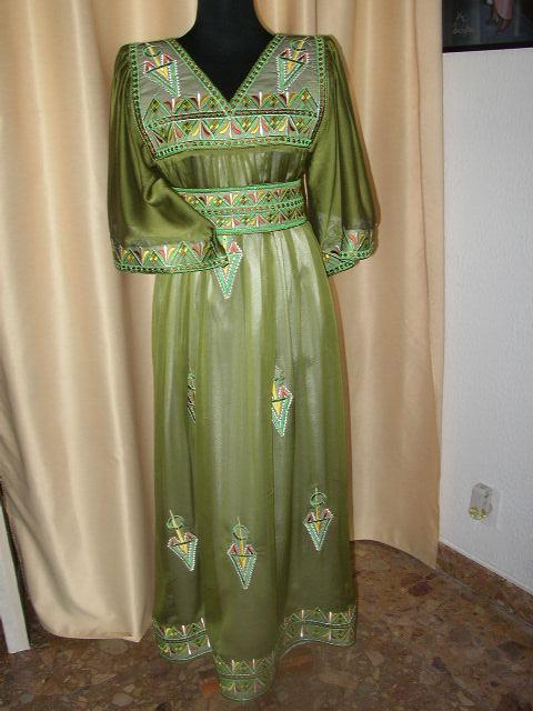 عادات و تقاليد أهل الجزائر بالأعراس و المناسبات 0416.jpg