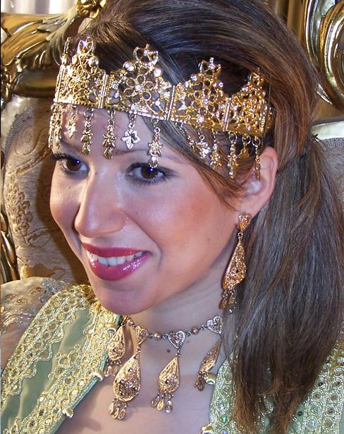 أناقة العروس الجزائرية 0813.jpg