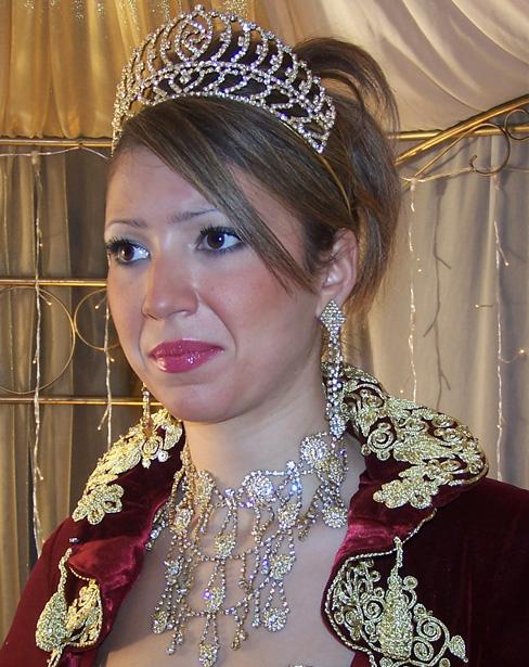 أناقة العروس الجزائرية 1710.jpg