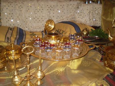 عادات و تقاليد أهل الجزائر بالأعراس و المناسبات locati14.jpg