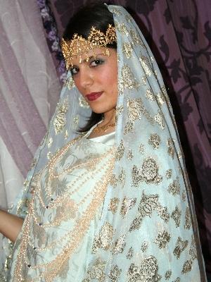 تحضيرات العروس الجزائرية قبل العرس
