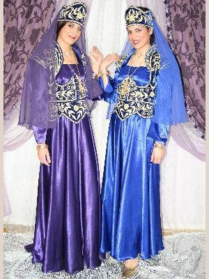 أناقة العروس الجزائرية neggaf30.jpg