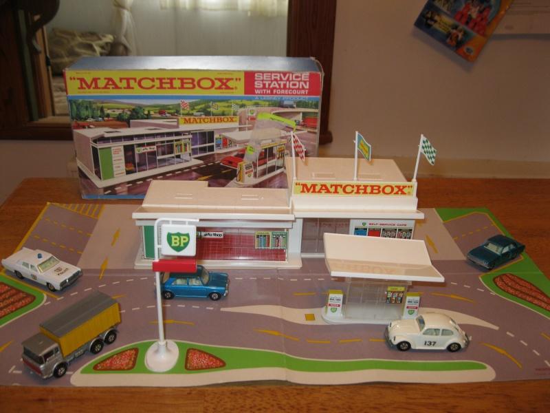 garage bp matchbox mg 1. Black Bedroom Furniture Sets. Home Design Ideas