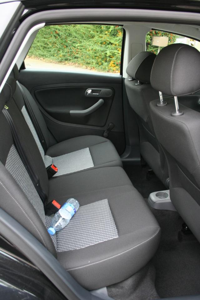 Cordoba le confort int rieur votre avis cordoba for Interieur seat cordoba 2000