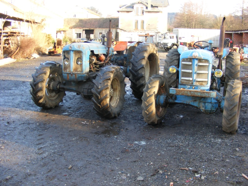 fordson super major with T1041 Fordson Super Major 4x4 on Fordson 20major 20gallery in addition Veterantraktor additionally 222032107123 furthermore T1041 Fordson Super Major 4x4 as well 4892482277.