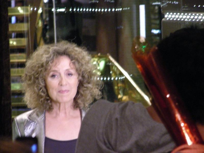 Mireille Dumas dans l'ascenceur Bulle