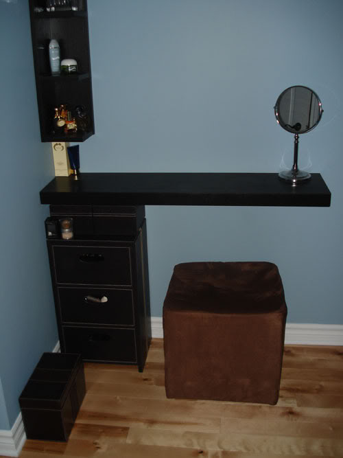 qui a une coiffeuse meuble les ramadanettes forum grossesse b b. Black Bedroom Furniture Sets. Home Design Ideas