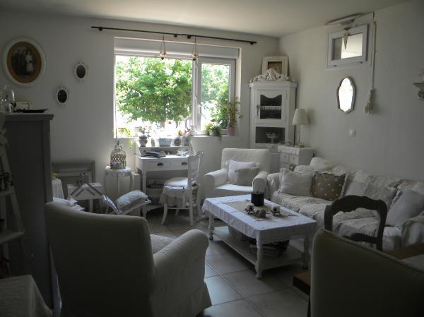 san66 nouvelle vie nouvel appart. Black Bedroom Furniture Sets. Home Design Ideas