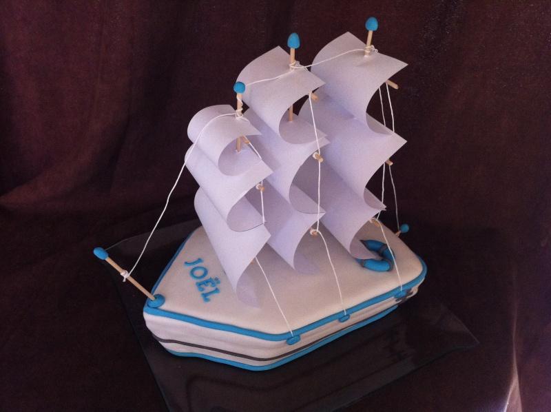 bateaux,yachts, bateaux échoués, épaves et voiliers
