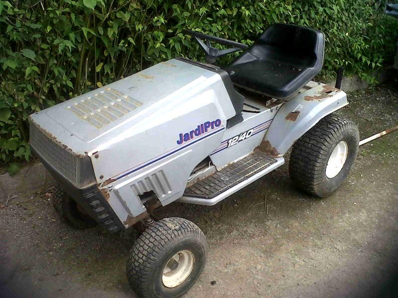 Tracteur pelouse jardipro for Recherche tonte pelouse