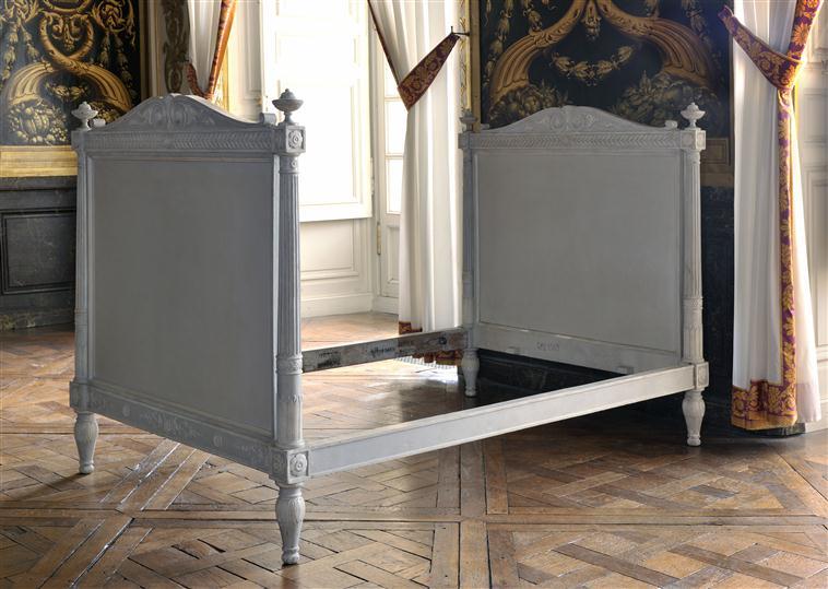 La chambre priv e de la reine page 5 for Chambre louis xvi versailles